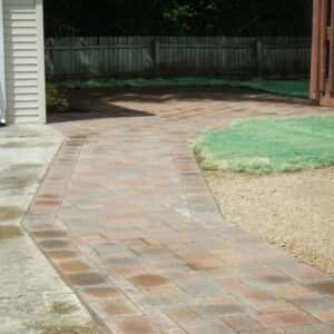 picture of paved driveway